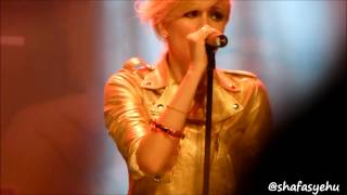 Pixie Lott - Cry Me Out Live in KL 2012