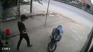 2 Thanh Niên Trộm Xe Máy Bẻ Trúng Khóa Chống Trộm Và Cái Kết....