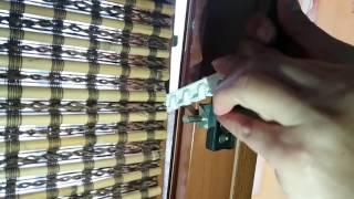 Регулятор угла наклона окна коричневый - видео 1