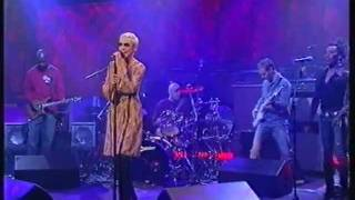 Annie Lennox - Little Bird (live on Parkinson 2003)