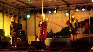preview picture of video 'Holki ♥ Nejšťastnější Pár ♪♫♪♪ Uherský Brod 12.12.2012 ~ Živě ~ HD'