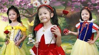 Cô Gái Noel Tặng Quà Giáng Sinh Cho Các Nàng Công Chúa Disney Snow White, Belle, Aurora, Elsa Anna