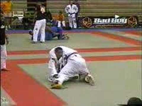 — Free Streaming Brazilian Jiu Jitsu Ultimate Competition Techniques