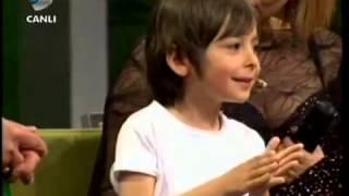 Minik Osman Beyaz Show'u Salladı Beyaz Show 04 05 2012