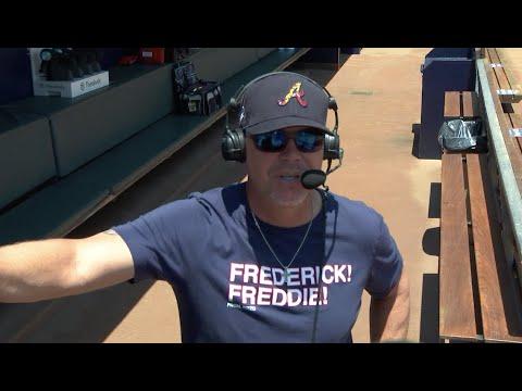 Chipper Jones wears 'Frederick!' shirt for interview