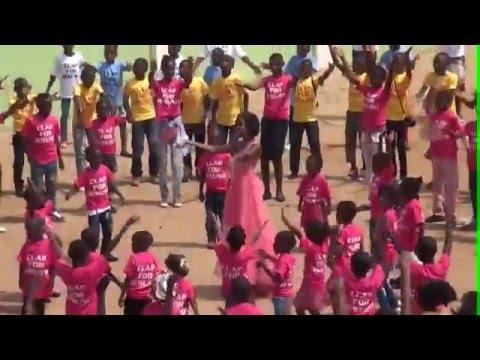 Download Indira La Star Mondiale Du Gospel HD Mp4 3GP Video and MP3