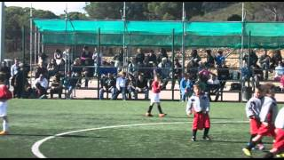 preview picture of video 'video oficial torneig de fútbol 7 a Vilajuïga ,part final.avi'