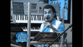 Sacudelo Que Tiene Arena - Hugo Ruiz - El Bebé de Los Teclados (Video)