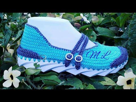 95987ded3 Modelo celeste- tejido en crochet