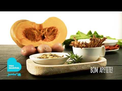 Snacks de cascas de batata e sementes de abóbora