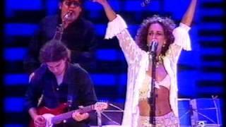 Que Bonito - En Concierto - Rosario Flores  (Video)