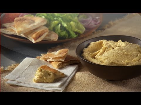 Learn How To Make An Israeli Homemade Hummus Thats Better Than Store Bought