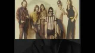 Jo Jo Zep & The Falcons - 'Shape I'm In' [1979 single with lyrics]