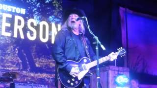 John Anderson - I Just Came Home to Count the Memories (Houston 10.23.15) HD
