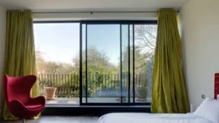 19 Contemporary Bedrooms With Balcony
