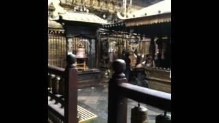 preview picture of video 'Golden Temple (Hiranya Varna Mahavihar) a Patan, Nepal'