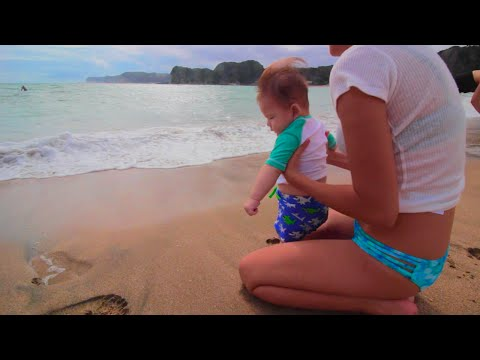 [6ヶ月赤ちゃん]初めての海水浴でビックリ!◎ ◎;