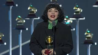 Watch Mon Laferte accept the Latin GRAMMY for Best Alternative Album at the 20th Latin GRAMMY Awards  About the Recording Academy / GRAMMYs:  Recording Academy is the world's leading society of musical professionals, and is dedicated to celebrating, honoring, and sustaining music's past, present and future.   Connect with the Recording Academy / GRAMMYs:  WEBSITE: http://www.grammy.com FACEBOOK: http://grm.my/2gcTcMk  TWITTER: http://grm.my/2gDUHUD   INSTAGRAM: http://grm.my/2gZGIvJ   Subscribe NOW to the Recording Academy / GRAMMYs on YouTube: http://grm.my/1dTBF8H