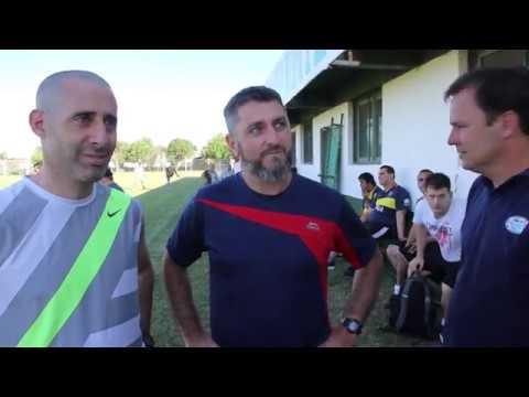 El plantel de Sarmiento recibió a los chicos de la Escuela de Fútbol Adaptado