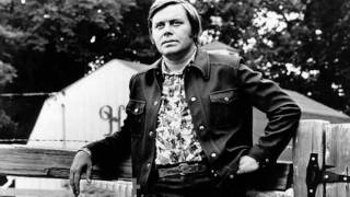 Tom T. Hall - That's How I Got To Memphis