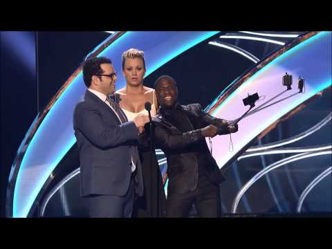 Kevin Hart Selfie Stick People's Choice Awards 2015 (видео)