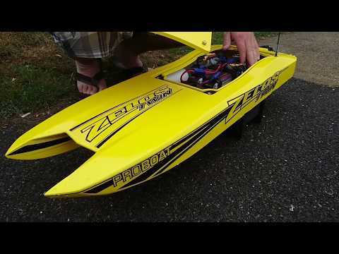 Pro boat Zelos 36 out the box run review