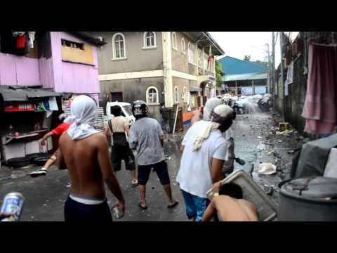 San Juan Violent Demolition 2012 - Police Retreats Then Retaliates With Teargas