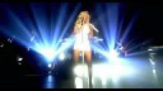 Understand - Christina Aguilera Live