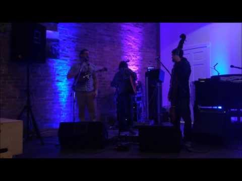 The Whistle Stop Revue perform Find My Way live 03/15/14