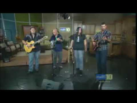 Amanda Drake & The Barnburners - Here In My Arms LIVE on CBS Studio 10