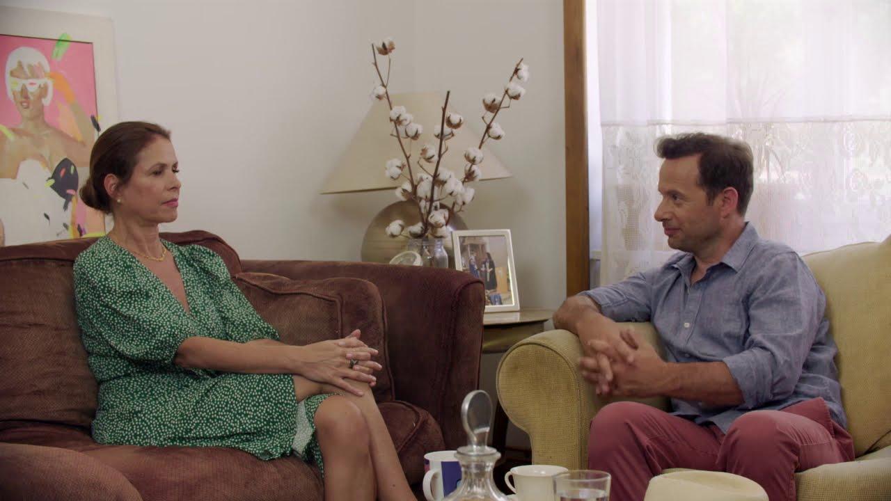 Κουναλάκη: Πανηγύριζα στην εκλογή Μακρόν γιατί ταυτίστηκα με τη Μπριζίτ | 29/11/2020 | ΕΡΤ