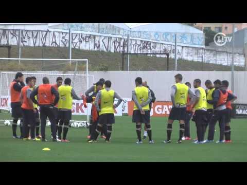 Edenílson revela disputa acirrada no time para o Mundial