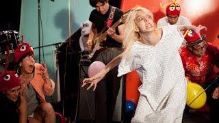 """Watch Starcrawler performing their debut single """"Ants"""" on US TV show Pancake Mountain:"""