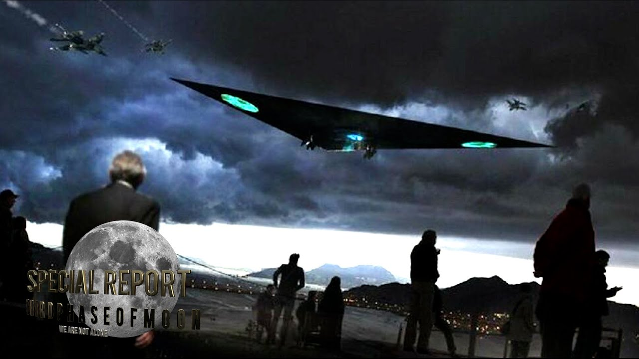 Massive Triangular Craft Over Los Angeles Freeway! THIS IS THE WAY! 2021