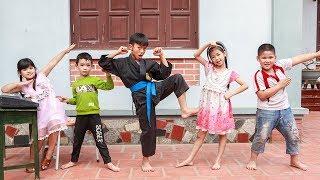 Kids Go To School | Chuns Imitation Chicken Learn To Dance The Chicken Dance