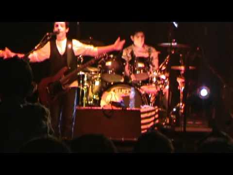 Are You Gonna Go My Way y Clavado en un Bar Cover.  (Live at School Fest 1.0)