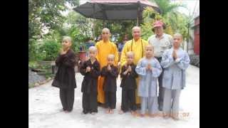 preview picture of video 'CHÙA NAI PHÙ CỪ HƯNG YÊN.wmv'