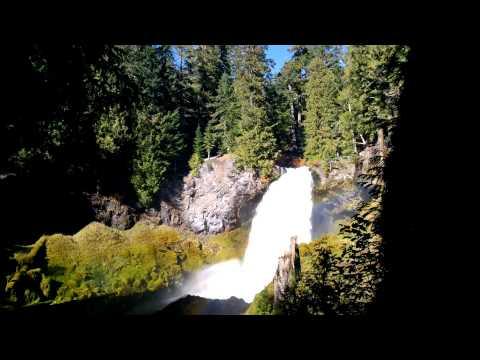 Sahalie Falls McKenzie River, Oregon
