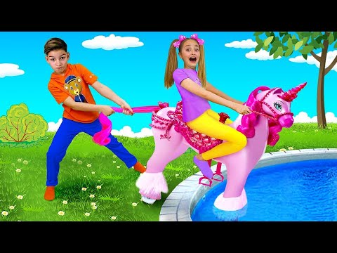Sasha and Max play with Toy Trains and Ride on Horse