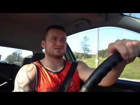 Jak trenować na prętach do budowania mięśni