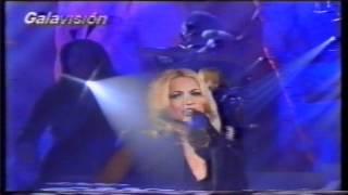 """Marta Sánchez """"Lejos de aquella noche"""" en Galavision"""
