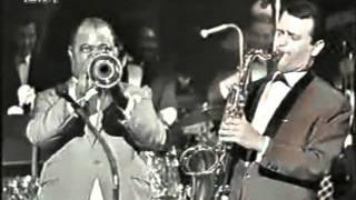 Louis Armstrong-Hello Dolly ((studio rec. 1964))