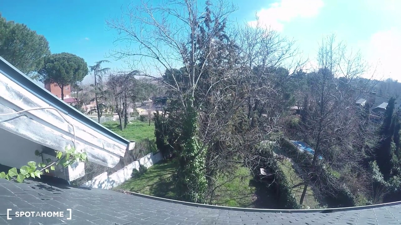 Wonderful room with window with street view in shared apartment, Pozuelo de Alarcón