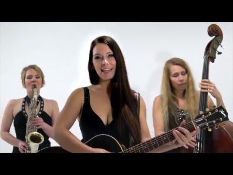 Sängerin mit Gitarre DJane Helen Pfaff Zürich  video preview
