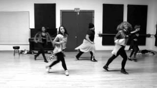 Ladies In Da House - Aaliyah by Isaac Tualaulelei