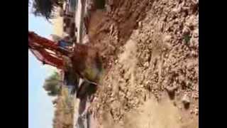 preview picture of video 'مشروع مجاري بلد -صلاح الدين -العراق (حفر مسار الانبوب)'