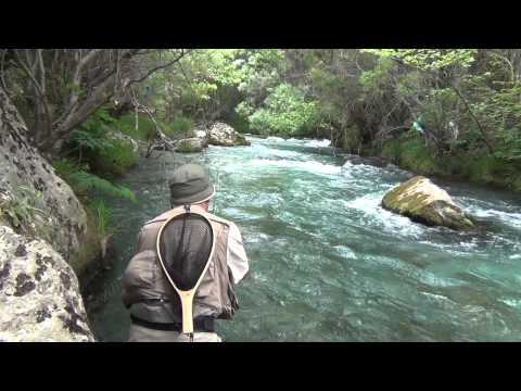 www.flyfishingguidegreece.com