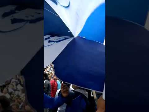 """""""Diego Maradona es mas grande que Pele (tema nuevo) de  CLUB DE GIMNASIA Y ESGRIMA DE LA PLATA 22"""" Barra: La Banda de Fierro 22 • Club: Gimnasia y Esgrima"""