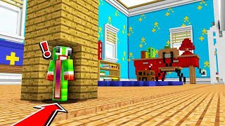 HIDING IN THE WORLDS BIGGEST MINECRAFT ROOM!