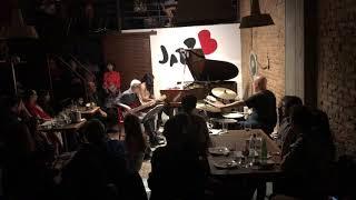 Makiko Yoneda TRIO 7 - Abertura da Tourada - LIVE on JazzB at São Paulo , Brazil -